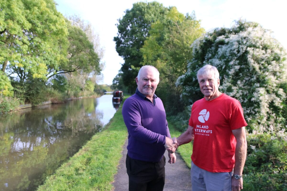 Cllr James Stanley, Worcester City Council with Bob Fox from the Inland Waterways Association