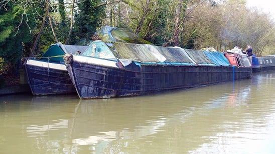 historic narrowboats at weedon