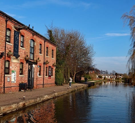 leeds & Liverpool canal burscough
