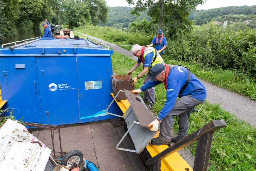 'Rubbish' boats launch - floating refuse collection is a first for the Kennet & Avon canal