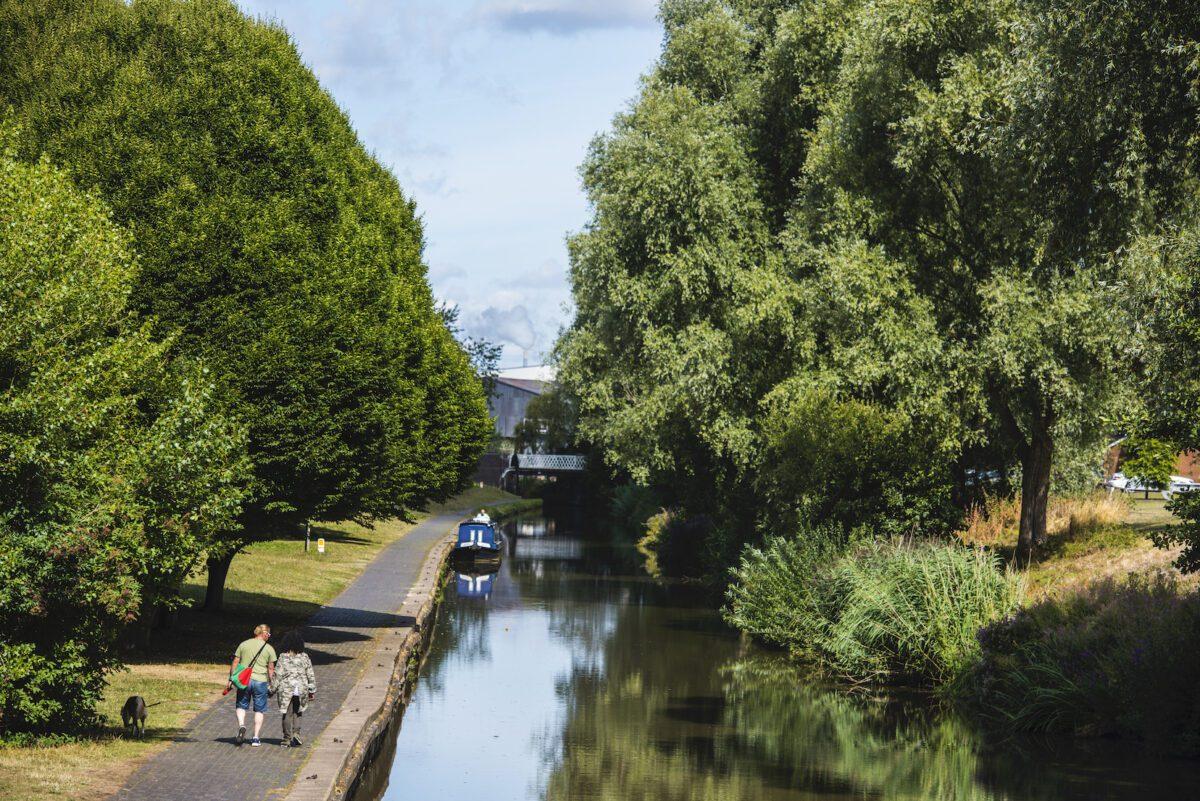 Trent Mersey Canal by Jill Jennings
