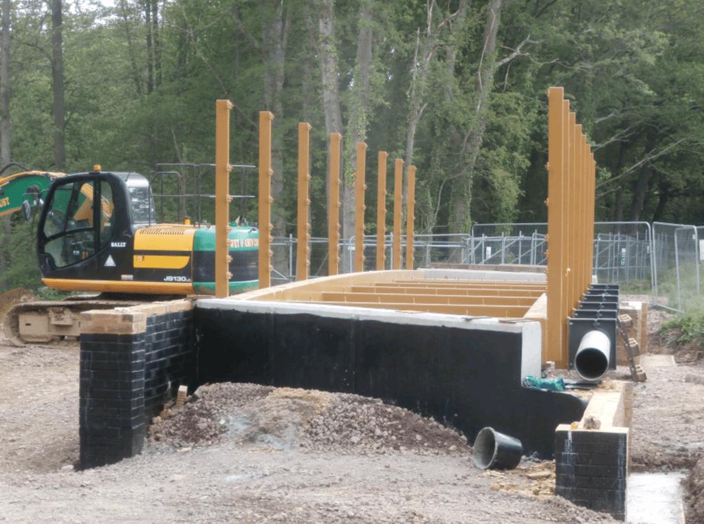 The new bridge takes shape
