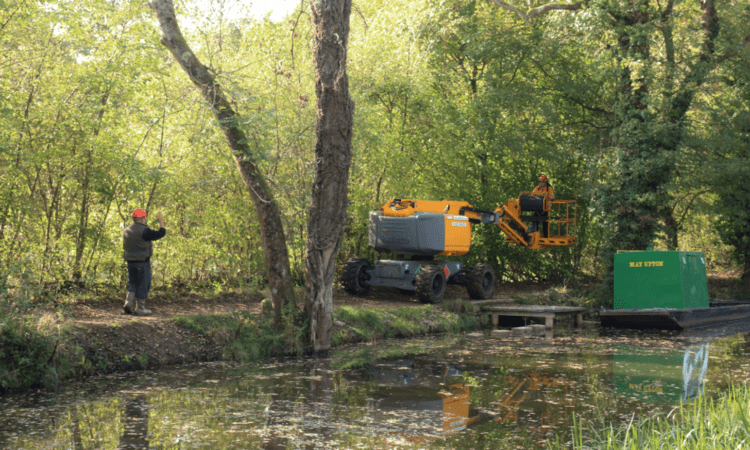 Tree works at Loxwood on the Wey & Arun canal