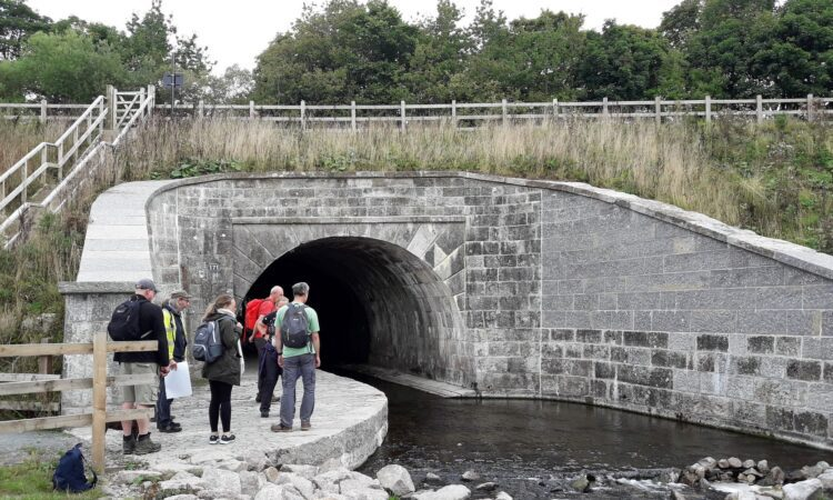 Stainton Aqueduct with visitors LR