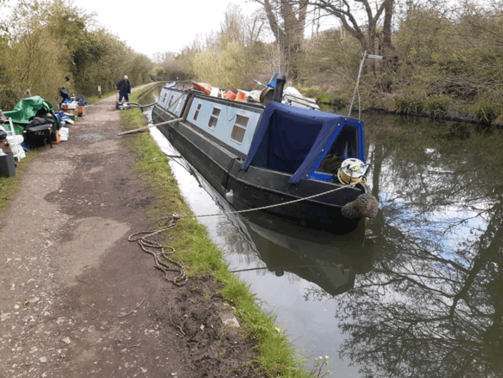 Between locks 57 and 58 on the Grand Union Canal at Berkhamstead